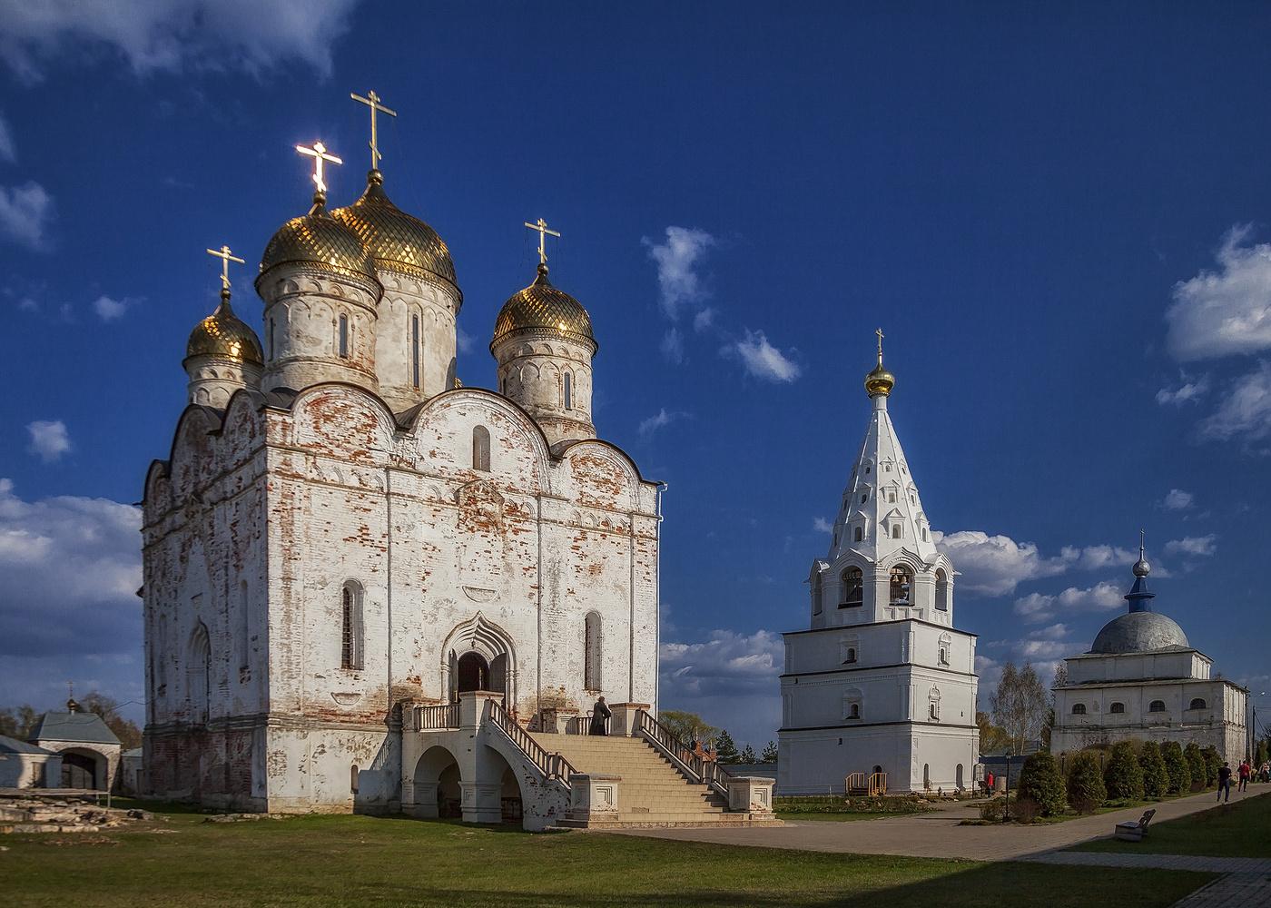 лужецкий монастырь картинки