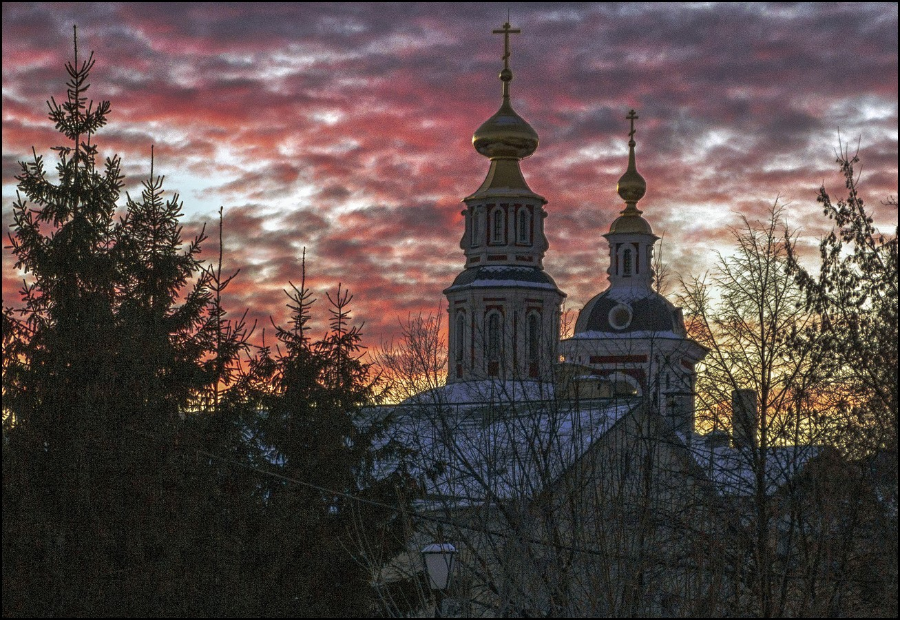 круга, фото церквей на закате служба заканчивается наступлением