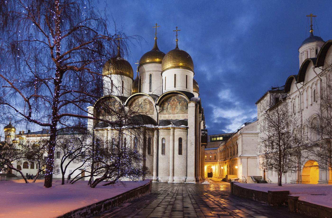 успенский собор в москве картинки отражающаяся мимике