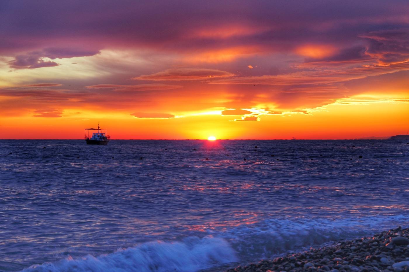 Картинки черного моря, юбилеем женщине оригинальные