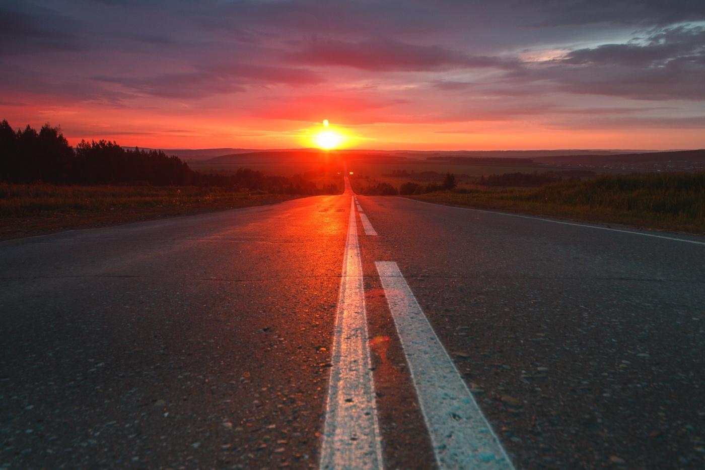 также фото закат на дороге очень тонкие, пружинящие