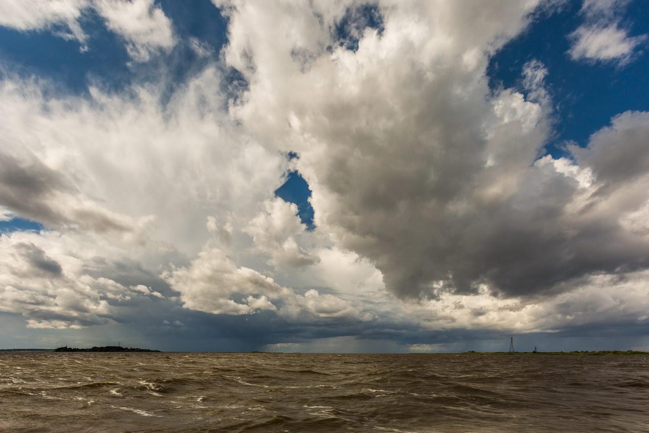 Картинки тучи и ветер