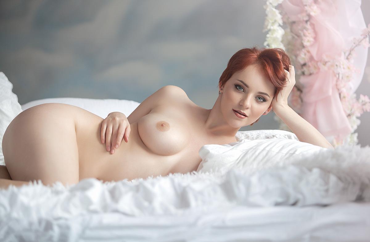 Нежные груди жены, вип девушки екатеринбурга индивидуалки