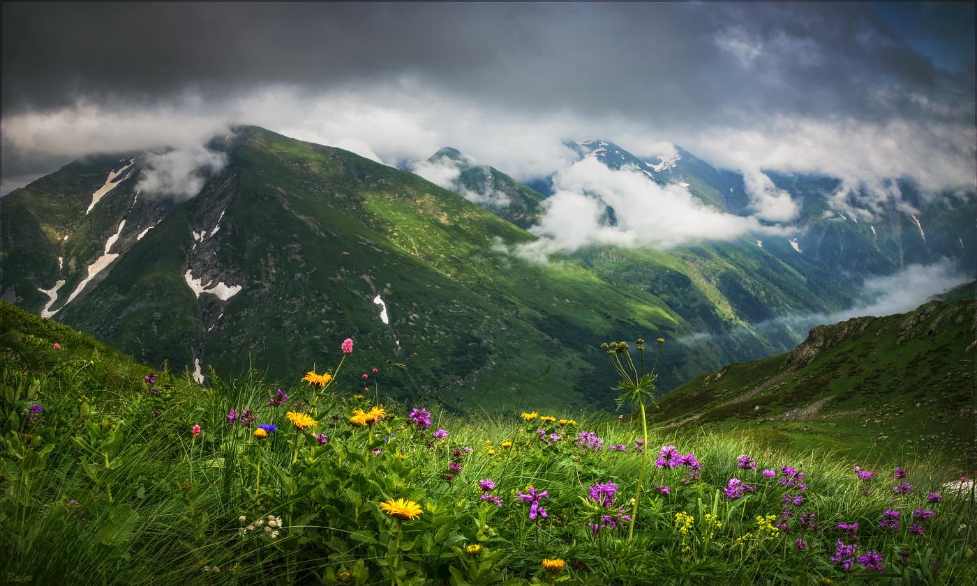 Картинки красивые кавказские горы, солнца лучами поздравить