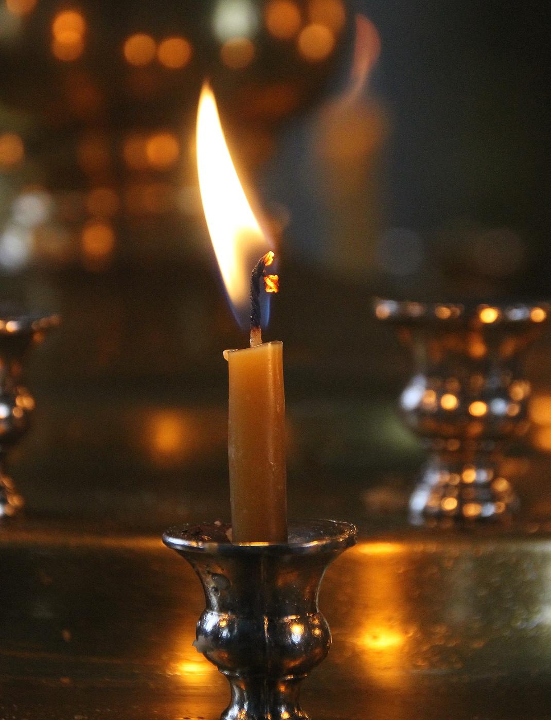 Картинки зажженных свечей