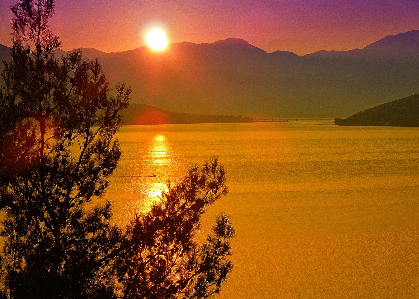 меня удивило картинки красивого восхода вам точно