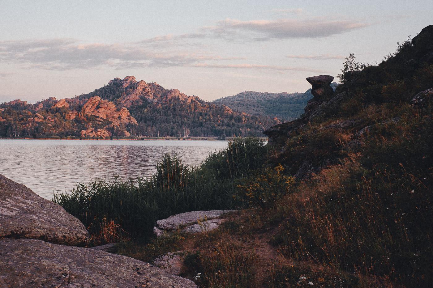 том году колыванское озеро алтайский край фото колба