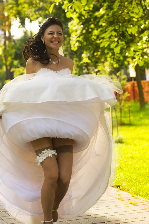 Фото ебли невест волосатых
