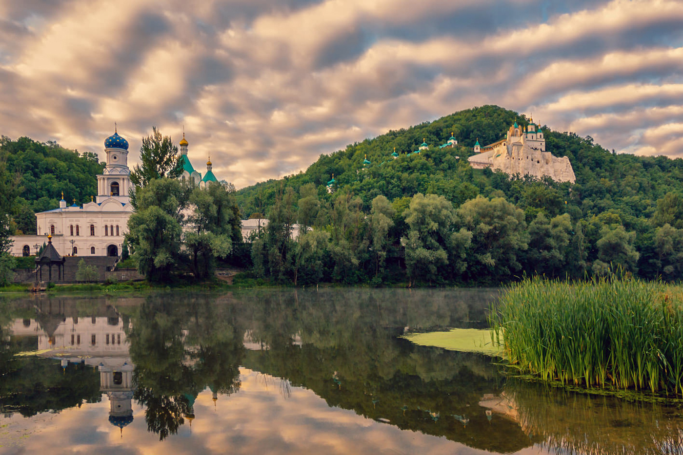 святогорский монастырь фото амбросио модель фото