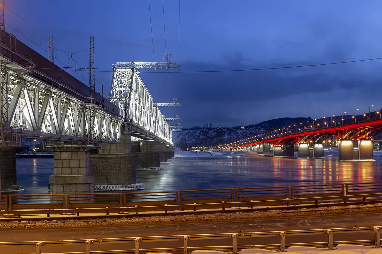 Картинка высокий мост сталелитейных