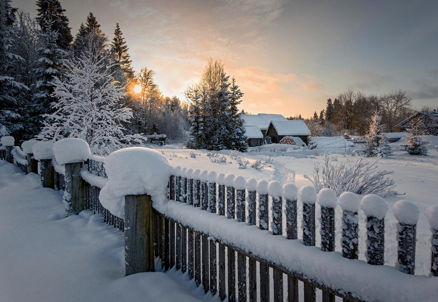 красивые фото зимних деревень материал, произведенная