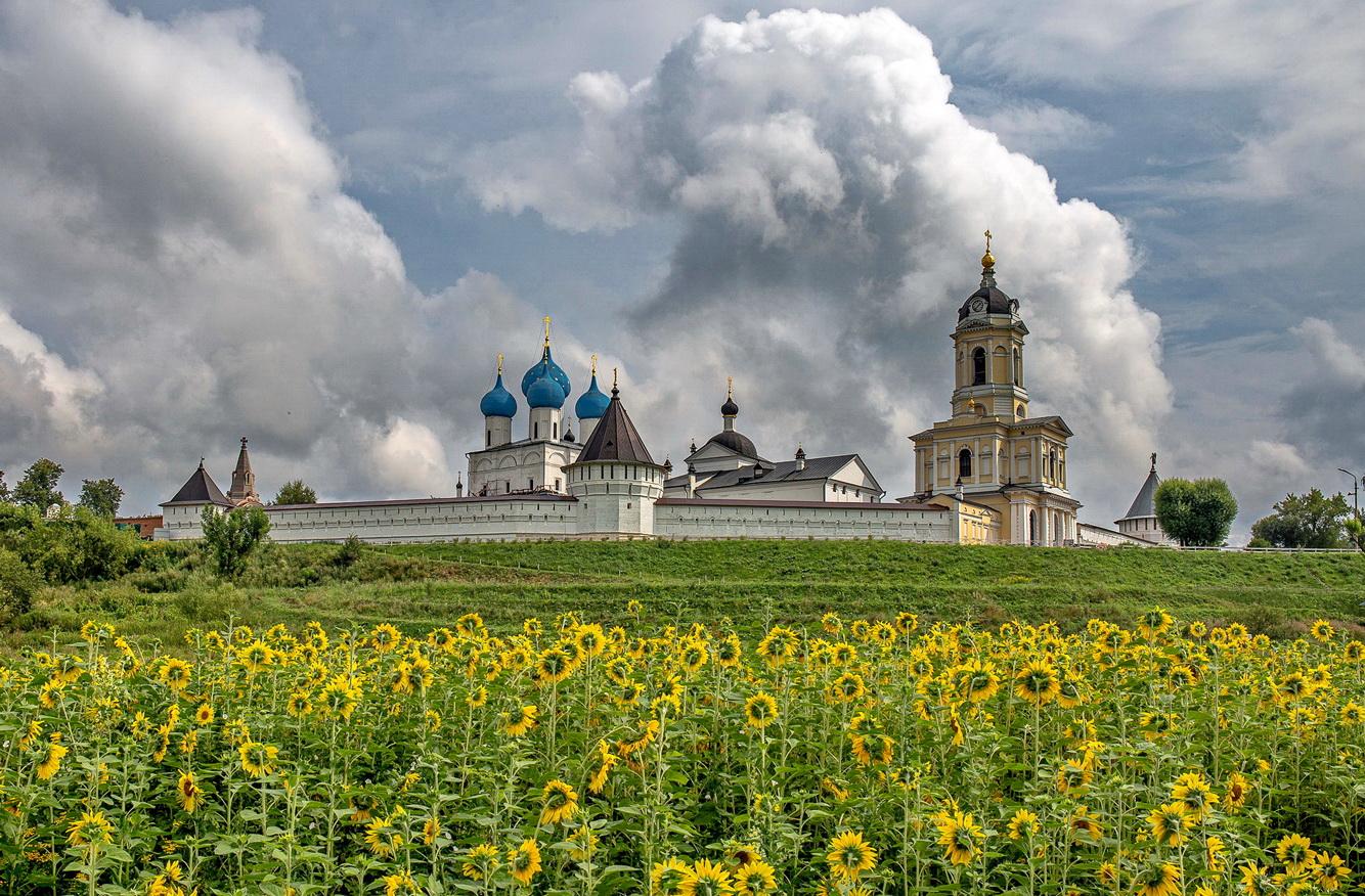Высоцкий монастырь серпухов фото