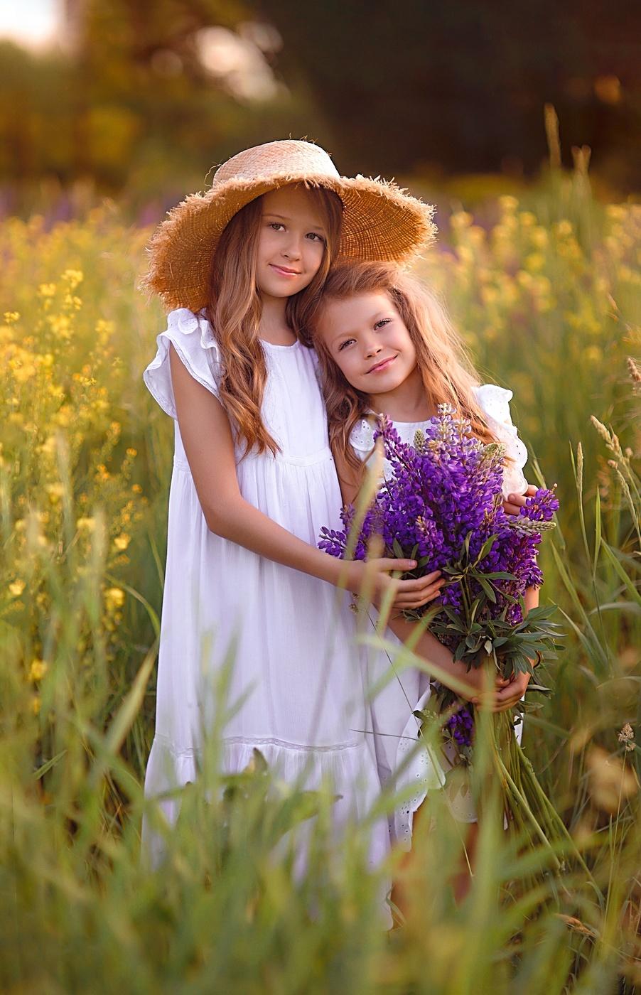 Картинка сестрички