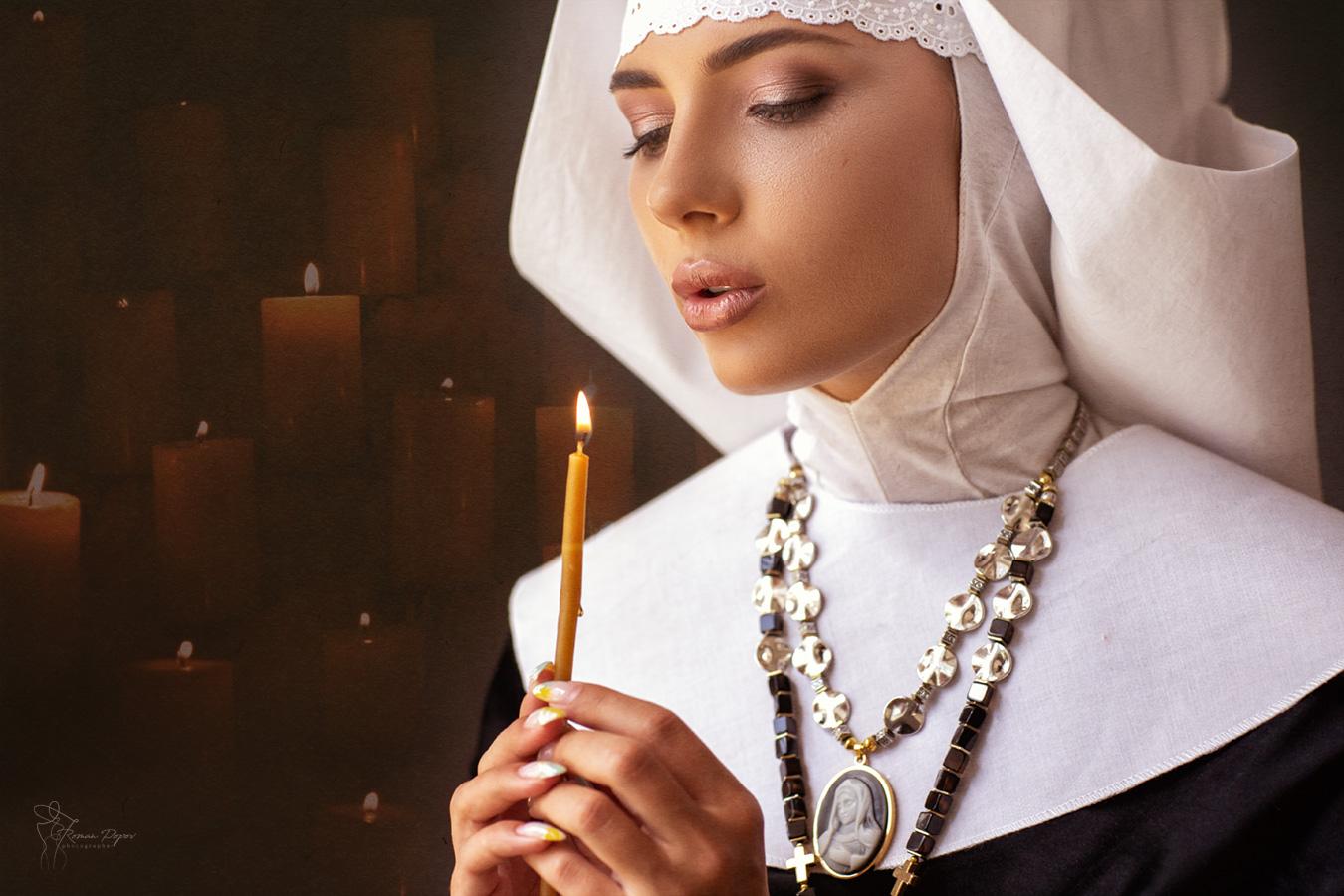 Картинка девушка монашка